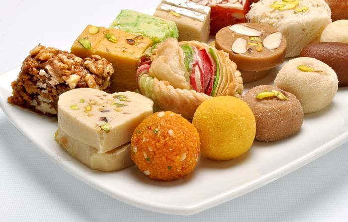 Learn to make lip-smacking delicacies - officialdiwali.com