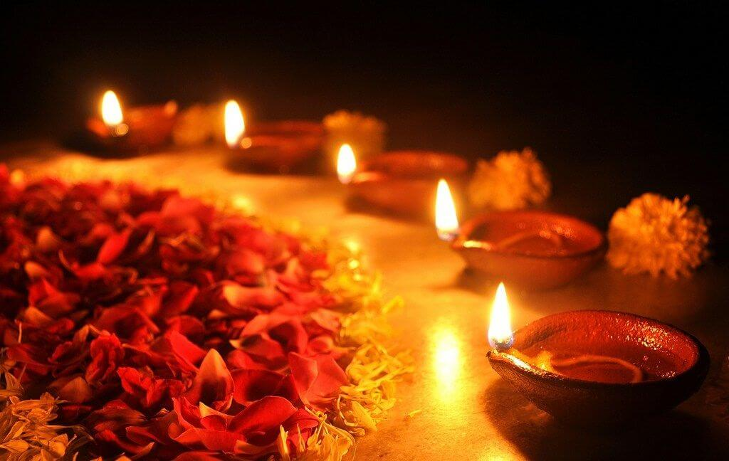 Most of them place it as a creative aesthetic in their homes. officialdiwali.com